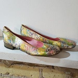 Vintage 1960s Catpaw Brocade Pumps Heels